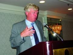 David Miller, maire de Toronto, s'estadressé aux membres du SCFP en juin.